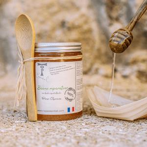 Baume réparateur Miel de Lavande de provence bio huile essentielle de thym, romarin et tea tree bio